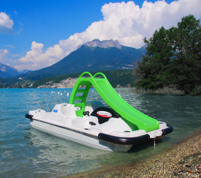 Location Pedal boat